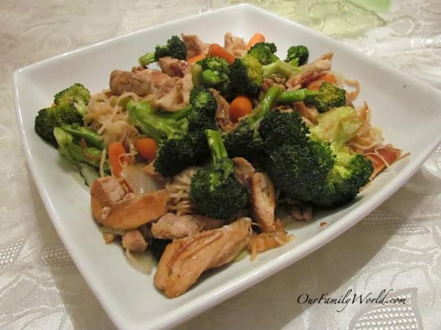 asian-chicken-and-broccoli-stir-fry-with-equalcanada-sweetener