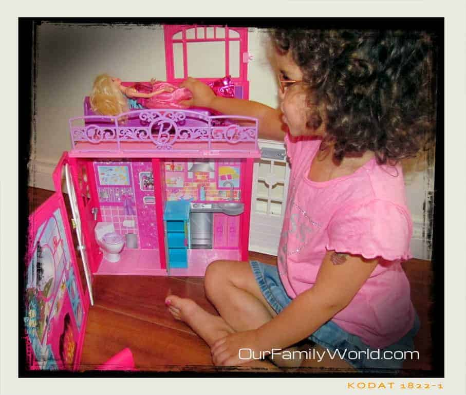 play-and-save-with-barbie