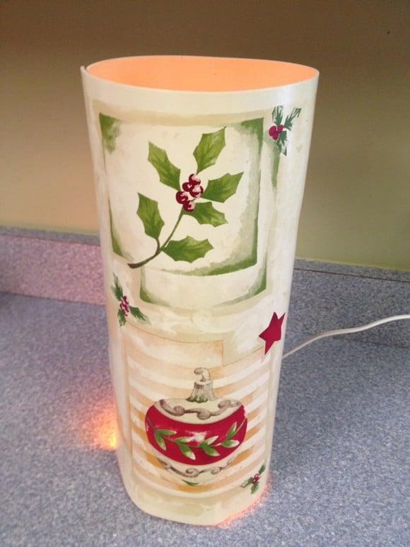 frugal-holiday-decor-diy-lantern