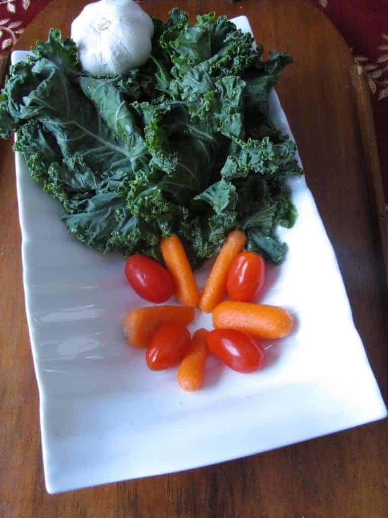 super-bowl-recipe-crispy-kale-chips