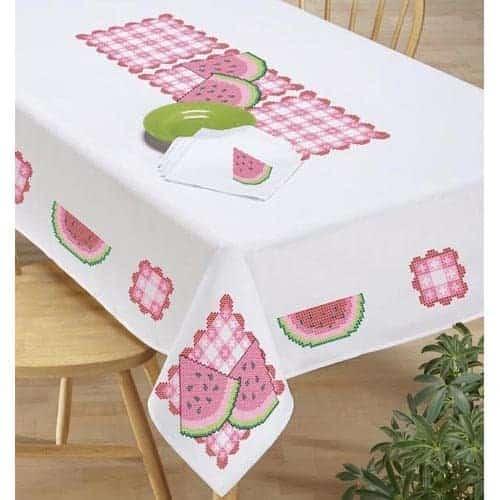 host-family-friends-summer-picnic