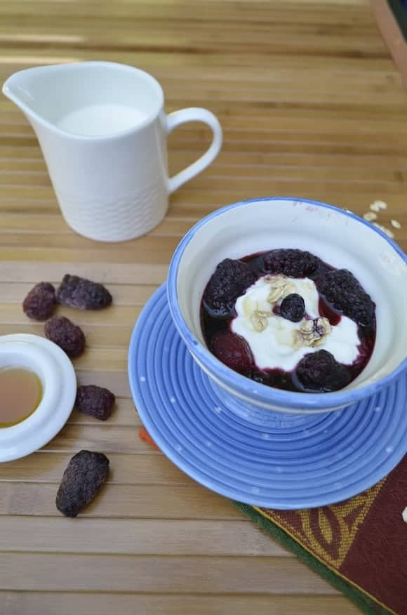 healthy-breakfast-recipe-for-kids-maple-berry-compote