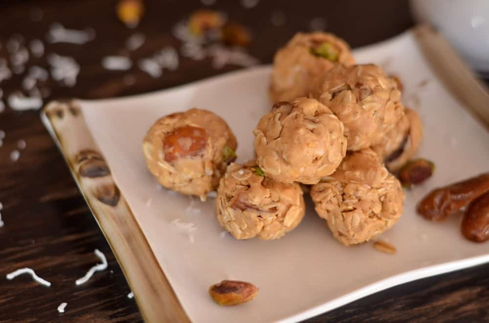 make-fun-memories-with-your-kids-with-no-bake-peanut-butter-snack-bites
