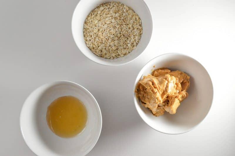 secret-life-of-pets-no-bake-granola-bars-recipe
