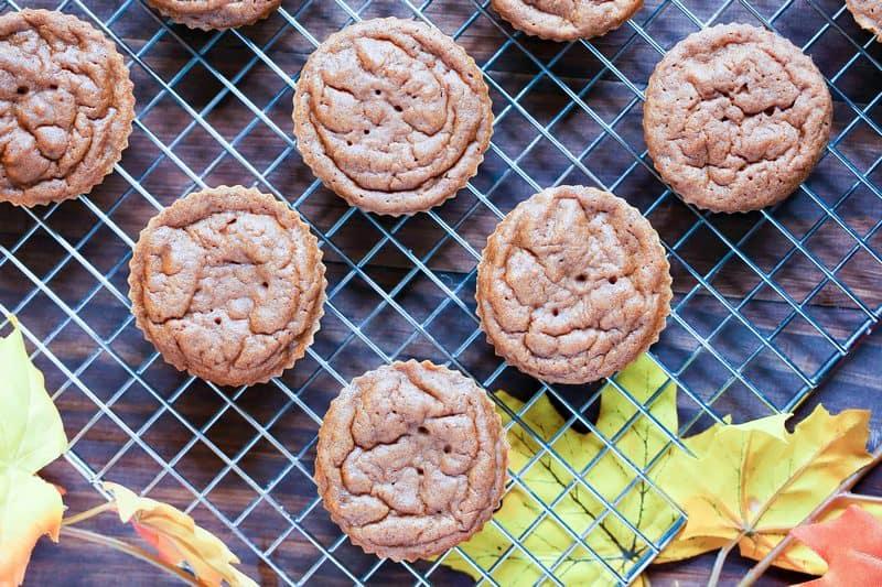thanksgiving-dessert-pumpkin-cupcakes