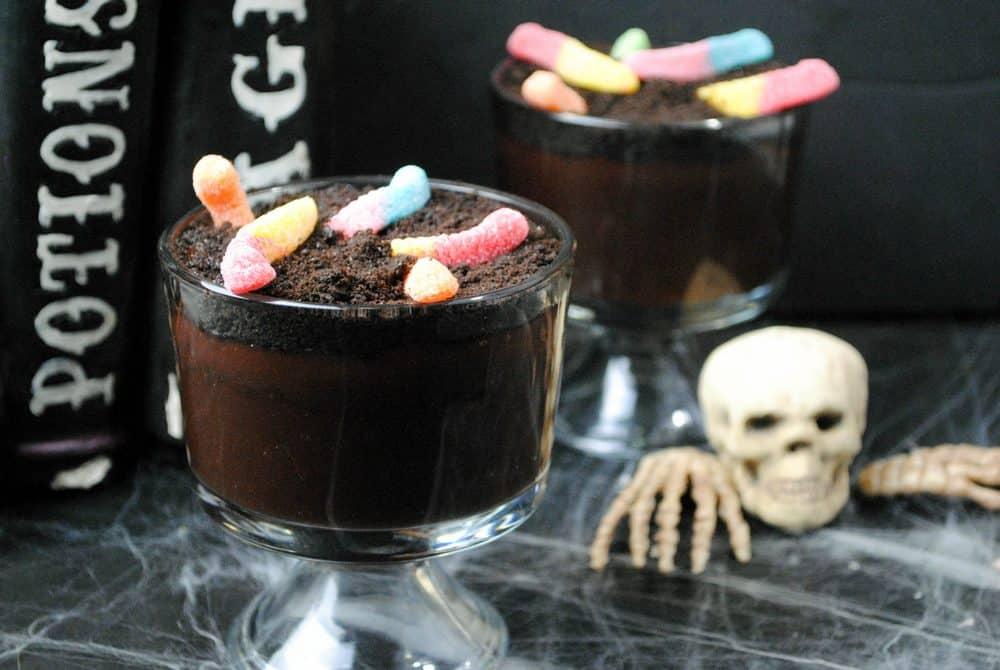 fun-halloween-dessert-kids-dirt-pudding